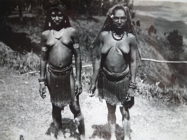 Local PNG Women
