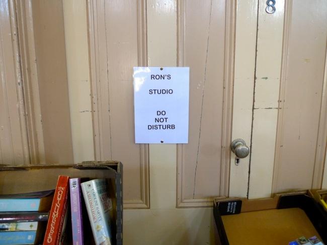 Ron's Studio: Do not disturb