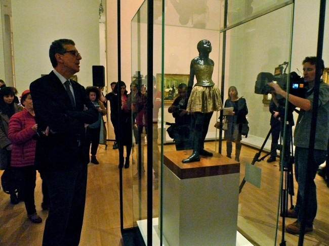 Curator Henri Loyrette speaks to The little fourteen-year-old dancer 1879-81, cast 1922-37